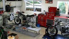 vintage motorcycle workshop - Pesquisa Google