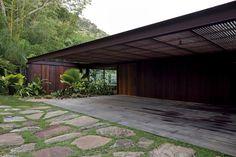 Gallery of AMB House / Bernardes + Jacobsen Arquitetura - 11