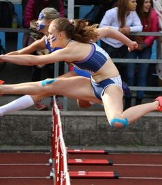 Check Out These Perfectly Timed Sports Photos Sports Fails, Foto Sport, Perfectly Timed Photos, Sport Photography, Action Poses, Sports Stars, Sports Photos, Track And Field, Athletic Women