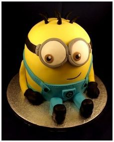 How cute is this minion cake!  Enter for the chance to win a Despicable Me 2 prize pack. http://womenfreebies.co.nz/competitions/despicable-me-2-pack/