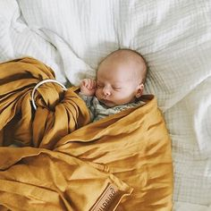 we love this Wildbird ringsling so much! Our Little Daisy Dot Butterscotch Organic headband would go perfectly if you want a matching look Little Babies, Little Ones, Cute Babies, Baby Boy Tops, Little Presents, Baby Names And Meanings, Baby Kind, Baby Boy Fashion, Cool Baby Stuff
