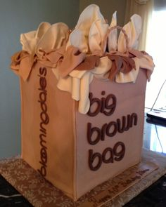 Bloomingdales Big Brown Bag Cake  facebook.com/cookies4occasions