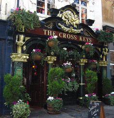 Favorite Pub! In Covent Garden, London. so cute :)