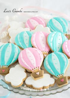 Baby Shower Girl Ideas Themes Hot Air Balloon 42 Ideas For 2019 Baby Shower Balloons, Birthday Balloons, Baby Shower Themes, Baby Boy Shower, Balloon Party, Iced Biscuits, Cookies Et Biscuits, Hot Air Balloon Cookies, Baby 1st Birthday