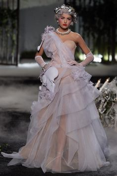 John Galliano for Christian Dior Fall Winter 2005/6 Haute Couture