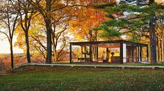 Resultado de imagem para Philip Johnson's Glass House in New Canaan