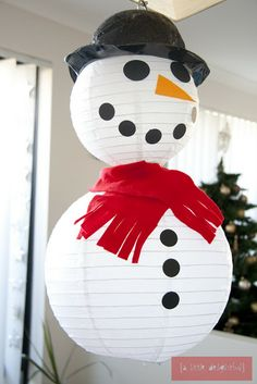 Top 10 Creative Christmas Crafts for Kids It's time for our favorite holiday, it's Christmas time! This amazing holiday is celebrated by hundreds of millions of people around the world each year. Christmas Crafts For Toddlers, Christmas Crafts For Kids To Make, Thanksgiving Crafts For Kids, Thanksgiving Decorations, Holiday Crafts, Christmas Decorations, Halloween Decorations, Noel Christmas, Winter Christmas