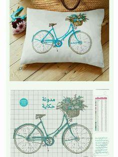 Almofada Bicicleta com molde de ponto cruz