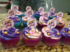 Unicorn cupcakes by Arte, amor y sabor repostería personalizada