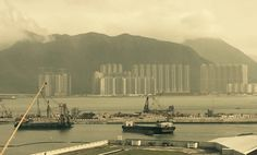 Hong Kong side port Picture by FrancescoCiliberto