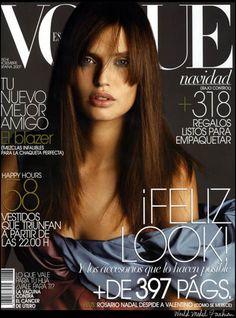 Revista Vogue Contraste tipográfico, balance, unidad, contraste colores, linealidad.