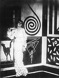 """""""THAIS"""" del 1916 con la Regia di Anton Giulio Bragaglia -CINEMA FUTURISTA: Film"""