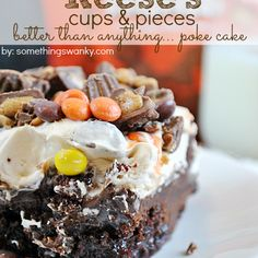 Its BTS cake revisted in Reeses form! Chocolate cake, topped with PB Chocolate ganache, smothered in PB whipped cream, and topped with Reeses Pieces and Reeses Peanut Butter Cups Poke Cake Recipes, Poke Cakes, Cupcake Cakes, Dessert Recipes, Just Desserts, Delicious Desserts, Yummy Food, Delicious Chocolate, Bts Cake