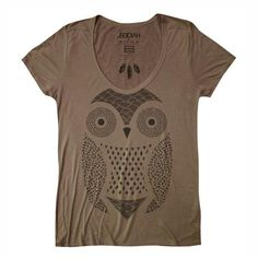 A friendly look like this owl print tee will help you meet some new friends in a new city.