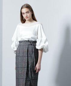 【ZOZOTOWN】GRACE CONTINENTAL(グレースコンチネンタル)のTシャツ/カットソー「タックバルーンスリーブトップ」(37341200)を購入できます。