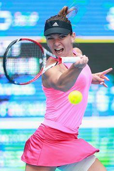 10/2/14 #2-Seed Simona Halep Into QFs of China Open.