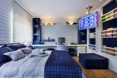 Affordable Bedroom Decor Ideas For Your Little Boys Excellent Teenage Boy Room Décor Ideas For You<br> Understanding the psyche of a teenage kid is the biggest challenge all parents face when it comes to decorating a … Gamer Bedroom, Bedroom Setup, Boys Bedroom Decor, Room Ideas Bedroom, Boy Decor, Boy Bedroom Designs, Bedroom Furniture, Guy Bedroom, Teen Boy Rooms