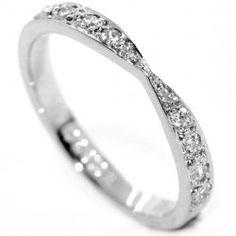 RWD022 - Vintage Style Bowtie Shaped Diamond Wedding Ring. A beautiful grain set diamond wedding ring in a vintage style bow-tie shape.