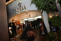 Snell Real Estate / Engel & Völkers Los Cabos with Ocean Blue Magazine was proud to sponsor the 1st Annual Baja Burros On Parade, the largest public art exhibition in the history of Los Cabos & Baja California Sur!! With the collaboration of Pez Gordo Gallery & The Shoppes at Palmilla, proceeds raised were donated to Liga MAC A.C., The Los Cabos Humane Society & The Boys and Girls Club of Los Cabos.