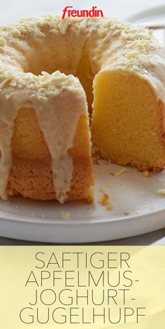 rezept-saftiger-apfelmus-joghurt-kuchen-freundin-de-fluffig-saftig-aroma/ - The world's most private search engine Vanilla Cake, Vanilla Buttercream, Food Cakes, Meat Recipes, Cake Recipes, Dinner Recipes, Yogurt Cake, Bakery, Sweets