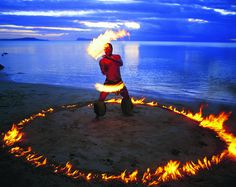 "Fire Knife Dance ""Siva Afi""  http://www.teuilafestival.com/gallery/fire-dance/"