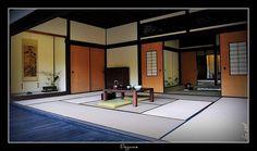 Traditional Japanese Interior Decor