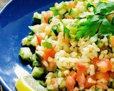 Salade de boulgour comme un taboulé : http://www.fourchette-et-bikini.fr/recettes/recettes-minceur/salade-de-boulgour-comme-un-taboule.html