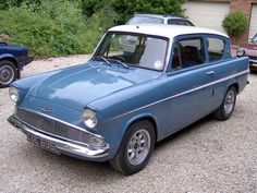 If I ever had an old car to restore :) My Dream Car, Dream Cars, Ford Anglia, Morris Minor, Ford Classic Cars, Old Fords, Car Ford, Future Car, Vintage Cars