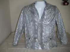 23.02$  Watch here - http://vizyw.justgood.pw/vig/item.php?t=tfazme5849 - ALFRED DUNNER, Women's Faux Snake Skin Jacket, Black/White/Silver, Size 16