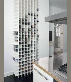 Uma parte da parede para você guardar seus vinhos preferidos.