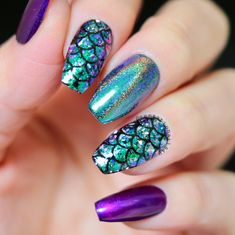 We have put together 14 Nails That Are Fresh AF for 2018! You will see all the awesome nail designs and how well these artists created such masterpieces. Nails are a work of art and we are happy to find some that are fresh AF.