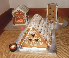 Baking Tutorial: Bake and decorate your own gingerbread houses