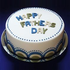 Amazing fondant Cake designed for Father's Day Occasion. Visit our website or Whatsapp for online cake delivery service. 50th Birthday Cakes For Men, Happy Birthday Cake Images, Daddy Birthday, Cake Birthday, Happy Fathers Day Cake, Fathers Day Cupcakes, Fondant Cakes, Cupcake Cakes, Cake Design For Men