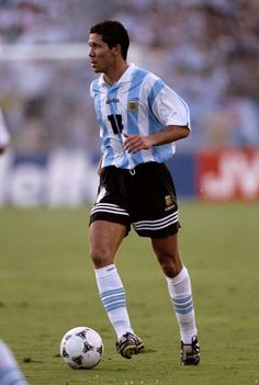 Diego Simone of Argentina in Fifa, Argentina National Team, Association Football, Vintage Football, Sport Football, Best Player, Football Players, World Cup, All Star