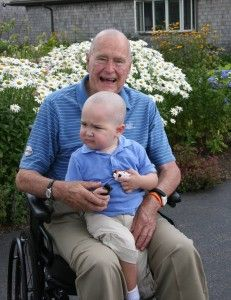 George H.W. Bush shaves head in solidarity with leukemia victim