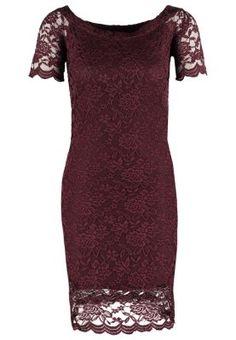 Zomerjurken Vero Moda VMBEAUTY - Korte jurk - fudge Donkerrood: € 34,95 Bij Zalando (op 22-11-15). Gratis bezorging & retournering, snelle levering en veilig betalen!