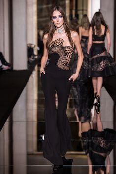 Atelier – Collection – Versace 2015