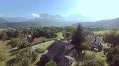 Villa contemporaine  avec vue  panoramique sur le lac.