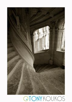 World Travel Photography White Stairs, Loire Valley, Renaissance Architecture, Stone Masonry, Medieval Castle, Window Frames, Travel Photography, Black White, France