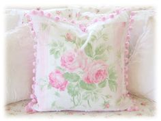 PC08 Pink Cabbage Roses Linen Pillow