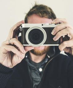 Cinco programas gratuitos para editar fotos como un profesional. Noticias de Tecnología. Los programas para editar fotos desde cero y con calidad profesional no siempre son baratos. Por suerte, existen algunas opciones a considerar sin tener que rascarse el bolsillo