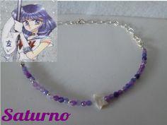 Saturno Gargantilla de ágatas lilas y estrella de nácar.