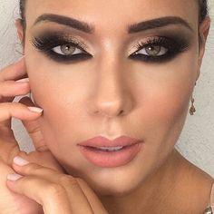 #noivas por Ederson Oliveira #smoke @josicosta por @edersonoliver_beauty #DesafioDaBeleza4 #edersonnognt #DesafioDaBelezaNoGNT @anastasiabeverlyhills #anastasiabeverlyhills @vegas_nay #vegasnay #kryolanbrasil #indicetokyo #nee #maccosmetics #makeupforever #vogue. @umamaquiag#em @brutavaresppf #universodamaquiagem