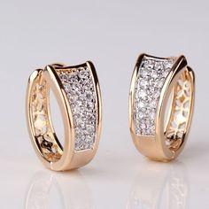 Fashion Gold Plated Hoop Huggie Earrings For Women Ear Jewelry, Gold Jewelry, Fine Jewelry, Jewellery, Gold Platinum, 18k Gold, Women's Earrings, Diamond Earrings, Chanel Pearls