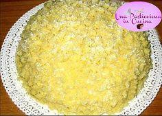 Torta Mimosa : la ricetta per preparare in modo semplice e veloce una deliziosa torta mimosa , in occasione della festa delle donne dell ' 8 marzo ! !