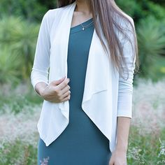 Take your look to the next level with this lapel sleeve jacket. The trench jacket is perfect for you in fall and this trench jacket features lapel collar. Trench Jacket, Collars, Duster Coat, Sleeves, Jackets, Fashion, Down Jackets, Moda, Necklaces