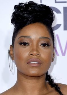 Basically Everyone at the People's Choice Awards Used This Makeup Tactic