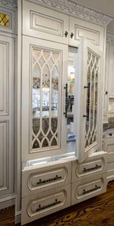 Hidden refrigerators - where Sub Zero excels...