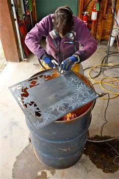 """Outstanding """"metal art plasma"""" detail is readily available on our web pages. Read more and you wont be sorry you did. Metal Art Projects, Welding Projects, Metal Crafts, Welding Ideas, Craft Projects, Corte Plasma, Plasma Cutter Art, Yard Sculptures, Metal Tree Wall Art"""