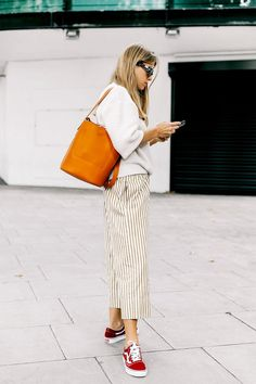Need some style inspiration? Here are 15 cute outfits with tennis shoes worth repeating.